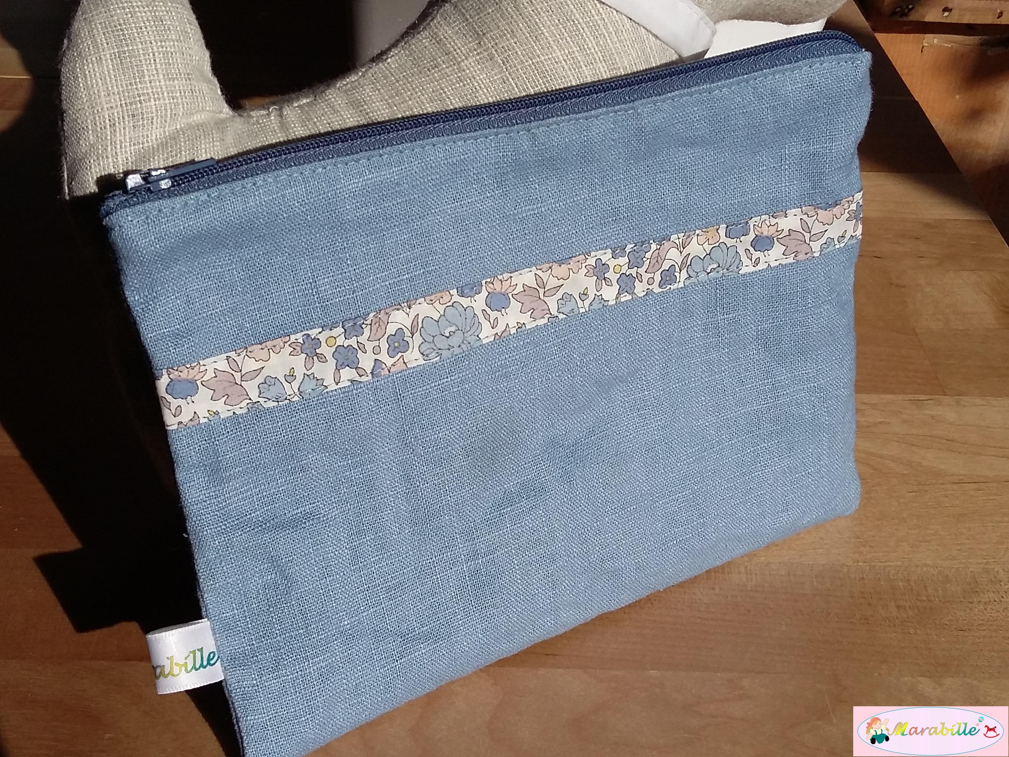 Pochette lin bleu gris